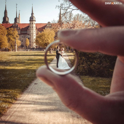 Hochzeitspaar mit Ring